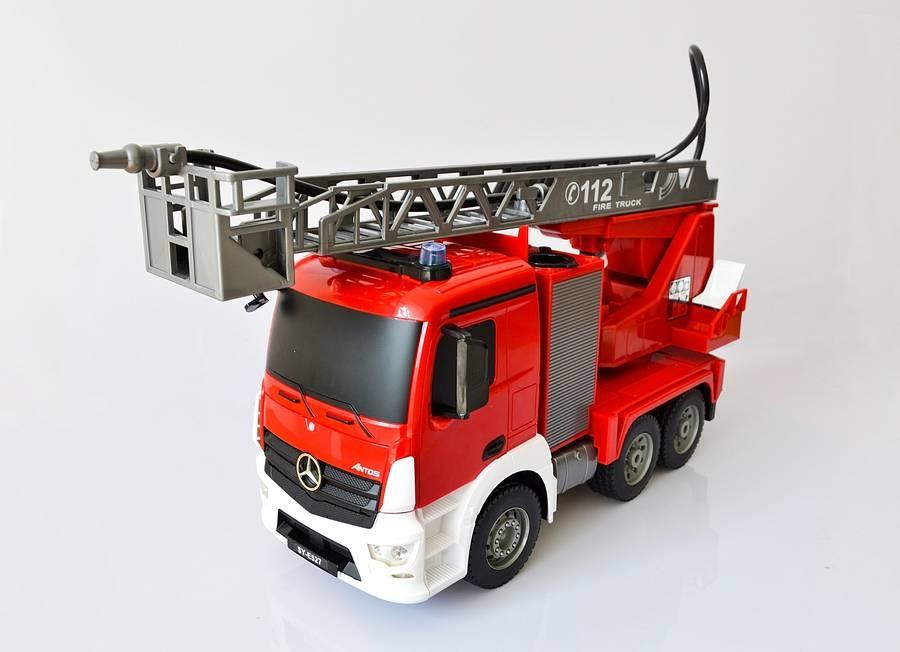 Samochód zdalnie sterowany - Straż pożarna (Mercedes-Benz)